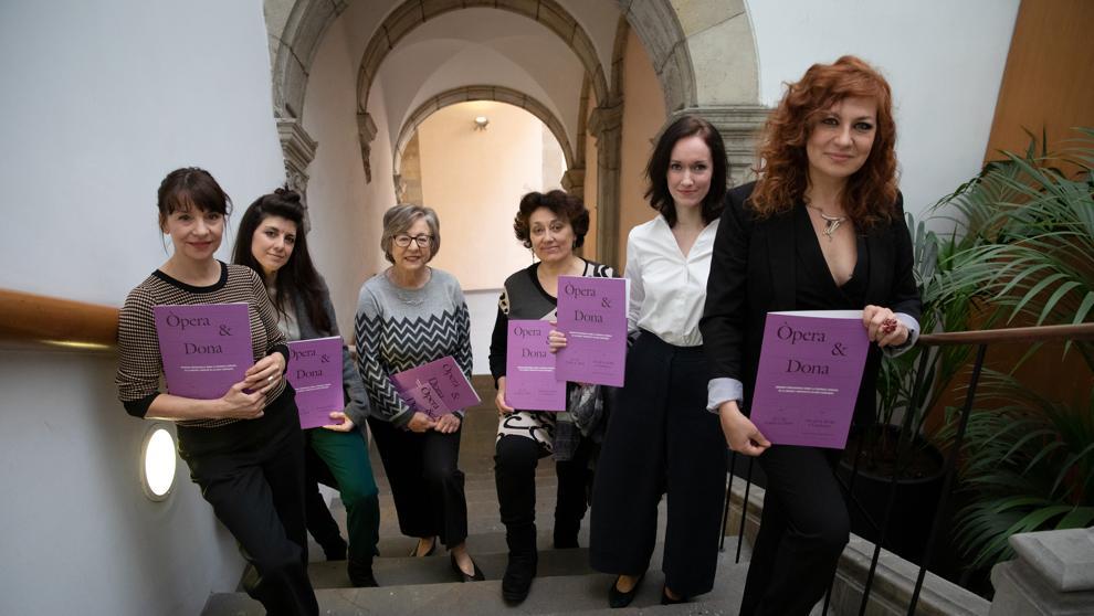 Las mujeres dejan de ser sólo las divas en la ópera. Foto: La Vanguardia