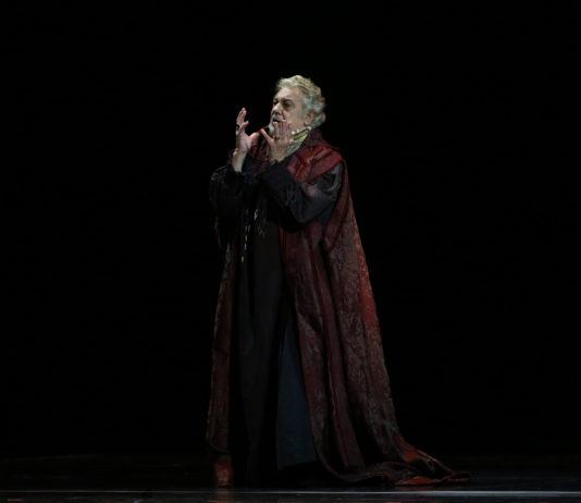 Plácido Domingo en Simon Boccanegra. Foto: Natasha Razina