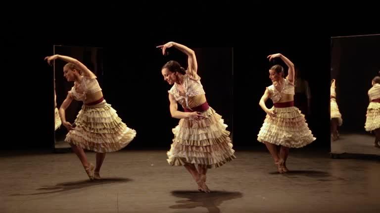 Zarzuela en Danza. Celeste Cerezo, Cristina Arias y Silvia Piñar.