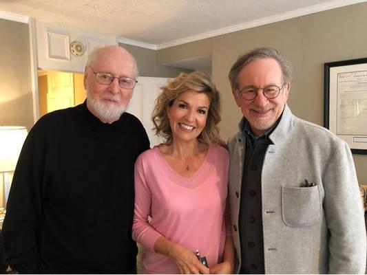 John Williams y Anne Sophie Mutter junto a Steven Spielberg