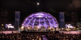 Tebar fue rey del concierto popular de la playa de Valencia