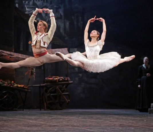 Nicoletta Manni y Timofej Andrijashenko. Foto-Brescia Amisano ©Teatro alla Scala