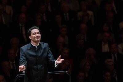 Andrés Orozco-Estrada (Photo Patrick Hürlimann / Festival de Lucerne)