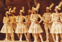 Raymonda Act III, de Petipa y Glazunov. Foto: The Royal Ballet