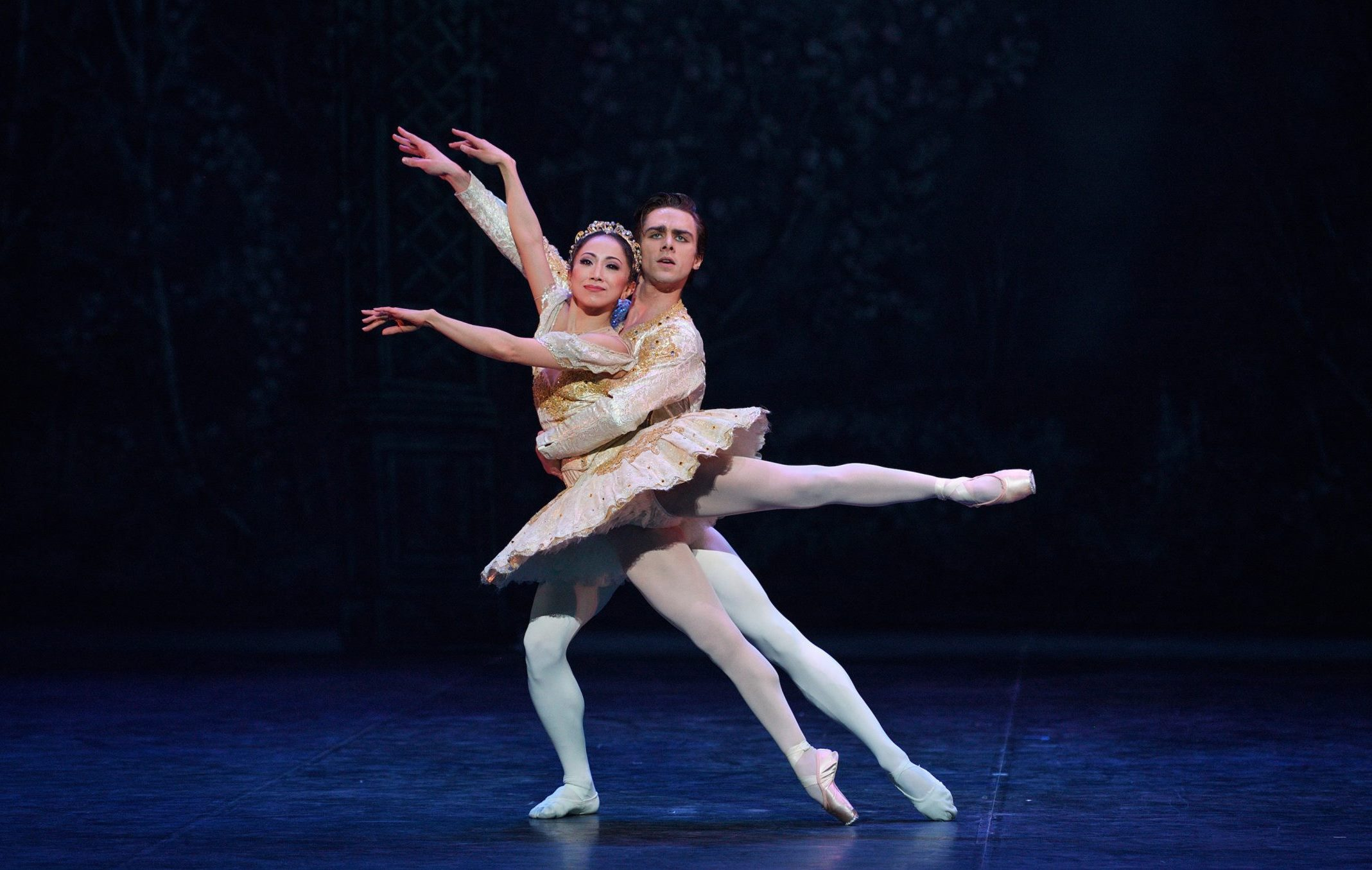 Erina Takahashi y Francesco Gabriele