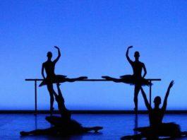 English National Ballet en Etudes. Foto: Laurent Liotardo