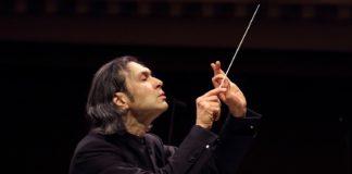 Le bonheur au bout des doigts. Vladimir Jurowsky dirige Mozart et Bruckner à Munich.