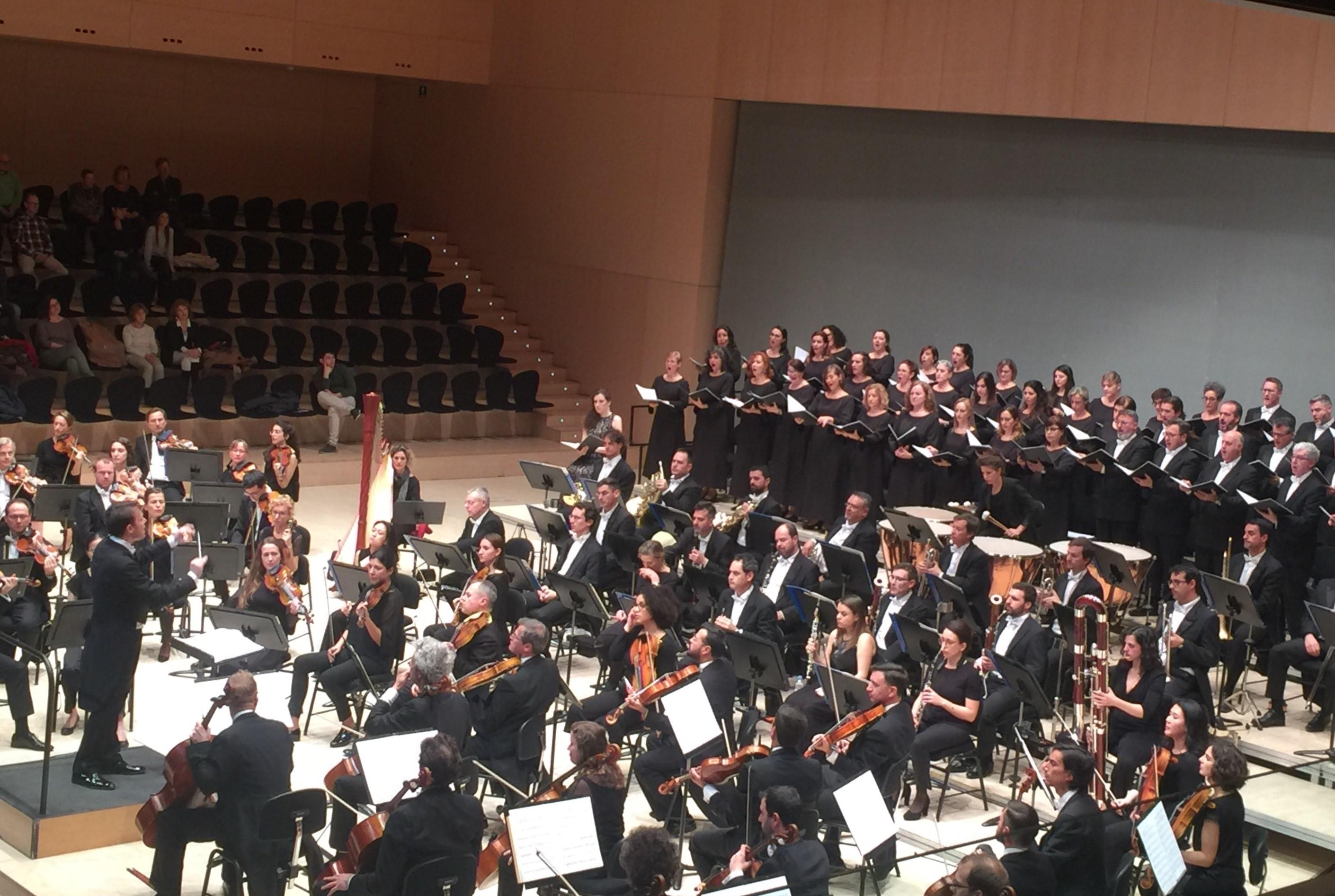 La orquesta y coro de Les Arts siguen en lo más alto