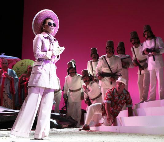 """""""Domande all'Opera"""""""