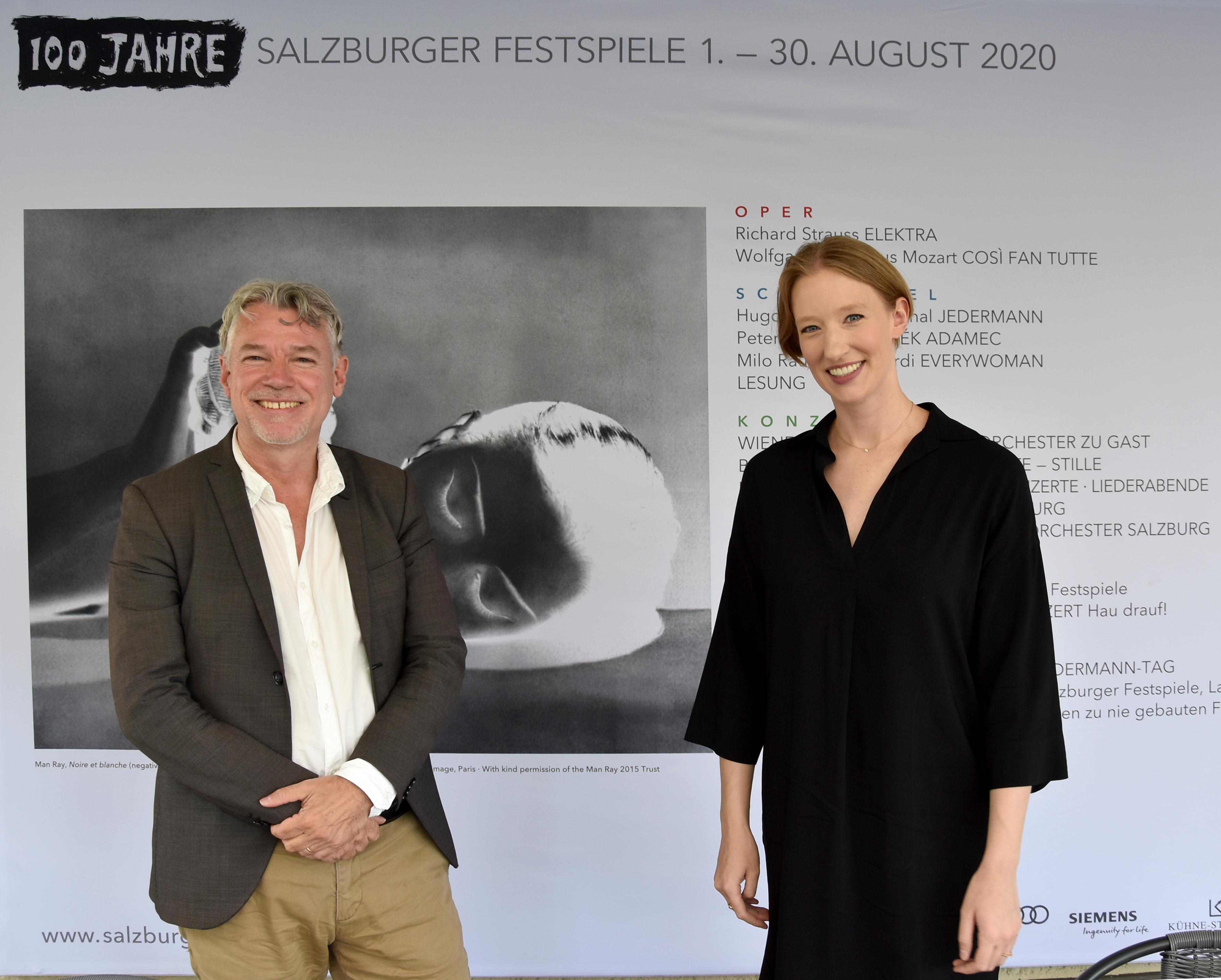 Christof Loy, director de escena, y Joana Mallwitz, directora musical de la nueva producción de Così fan tutte © Anne Zeuner
