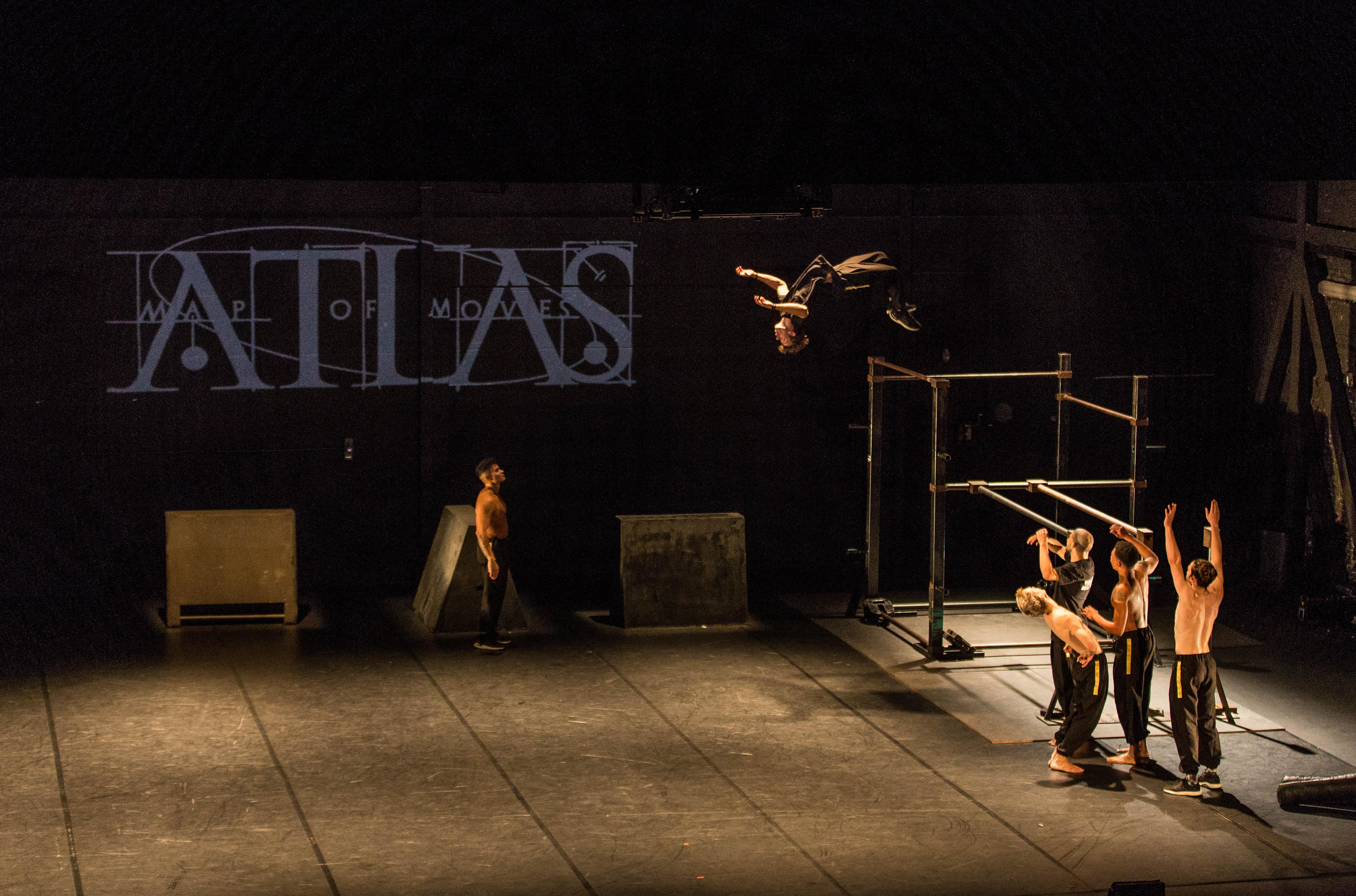 """Un momento de """"Atlas. Map of Moves"""" de Dani Panullo."""