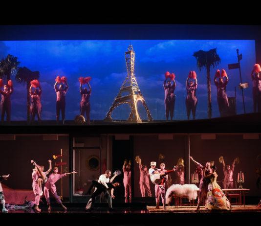 """Un momento de """"Les mamelles de Tirésias"""", parte del programa doble de la Ópera de Oviedo Foto: Iván Martínez"""