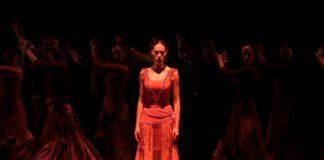"""La bailarina Esmeralda Manzanas en """"Fuego"""" de la Compañía Antonio Gades."""