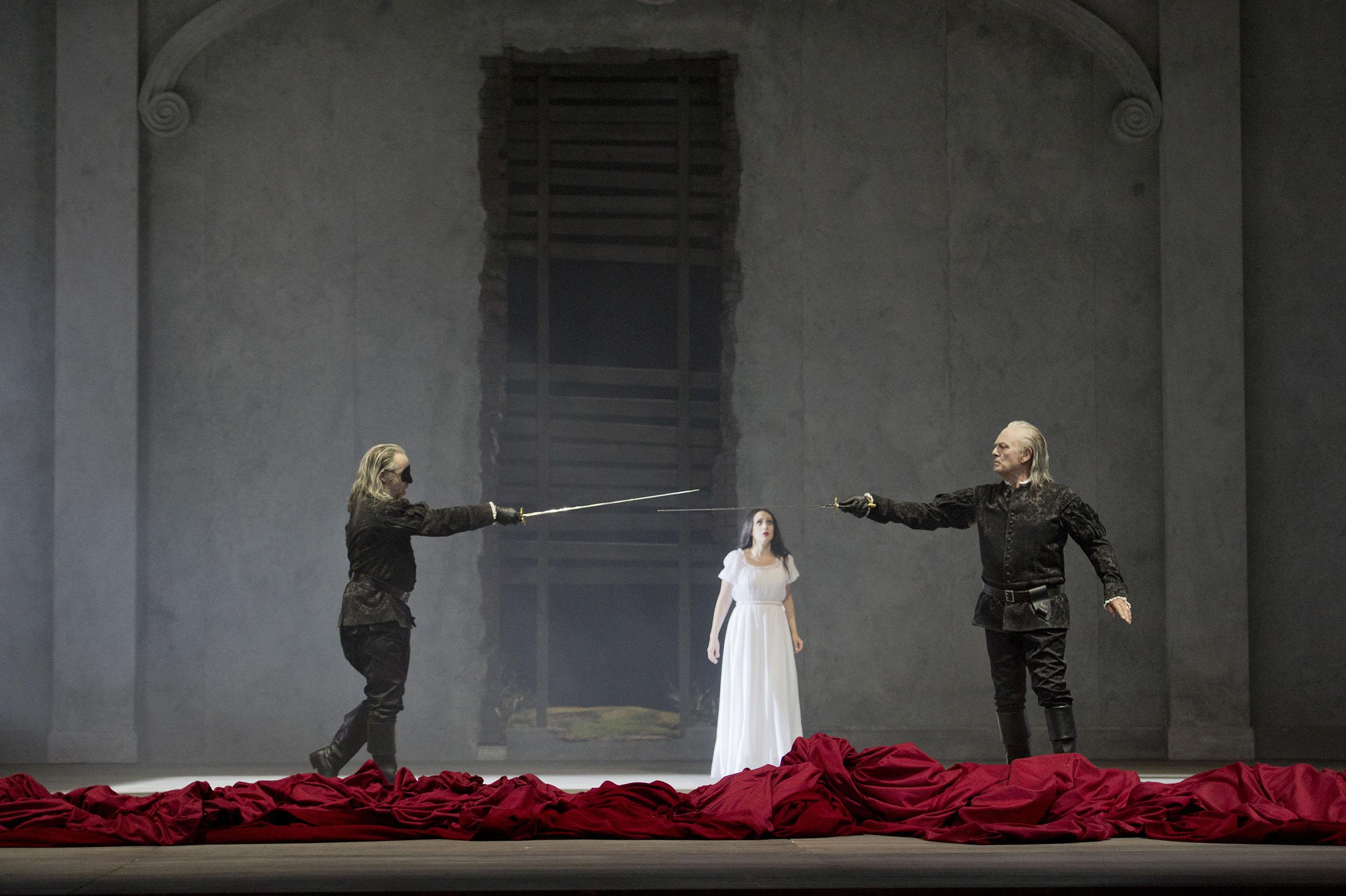 Un momento de la representación de Don Giovanni en el Liceu / Foto M. Rittershaus