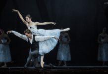 Elisa Badenes y Gonzalo García en el 2º acto de Giselle. Foto: Alba Muriel.jpg