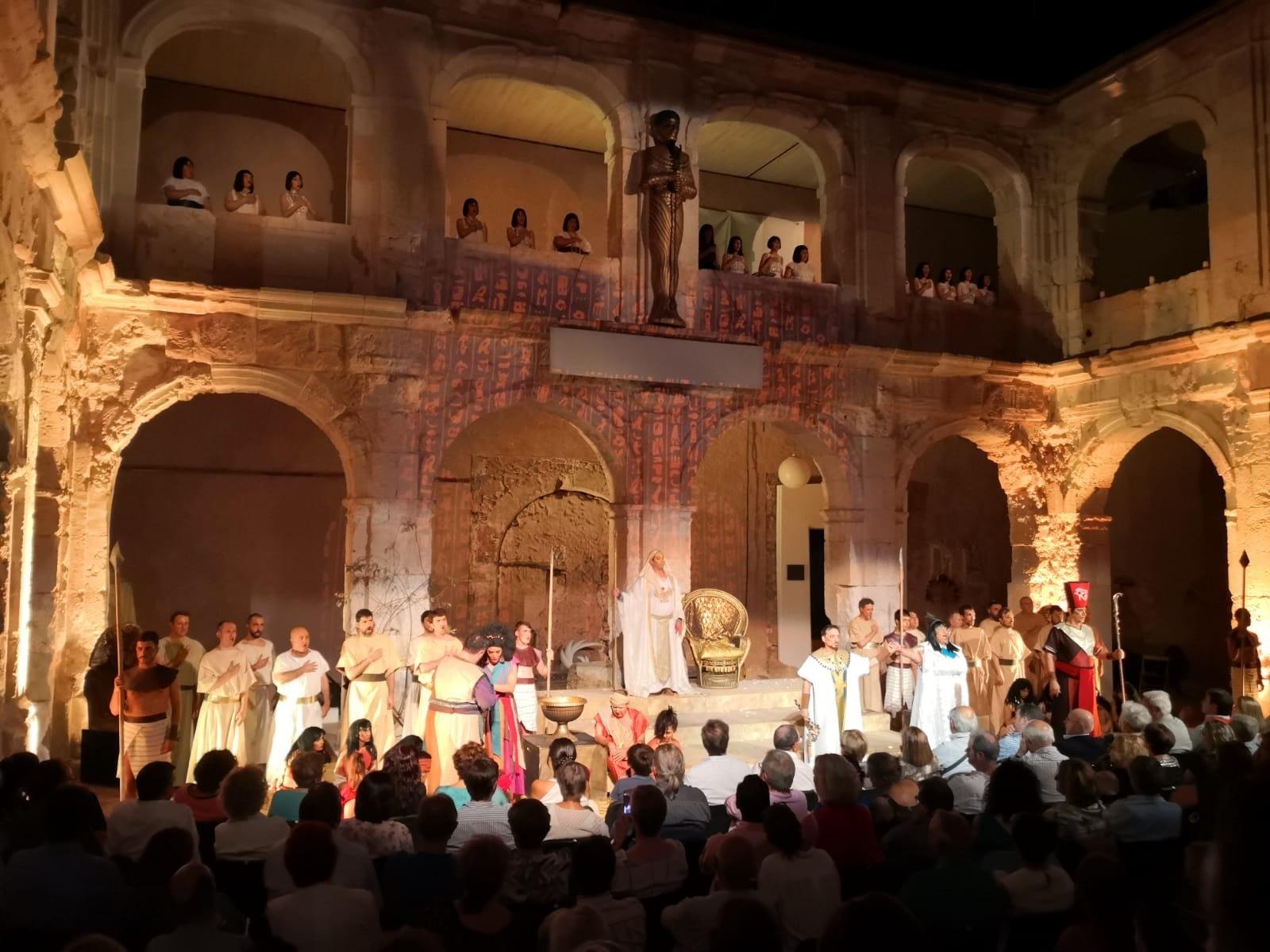 El patio del Palacio Ducal de Medinaceli durante una representación operística