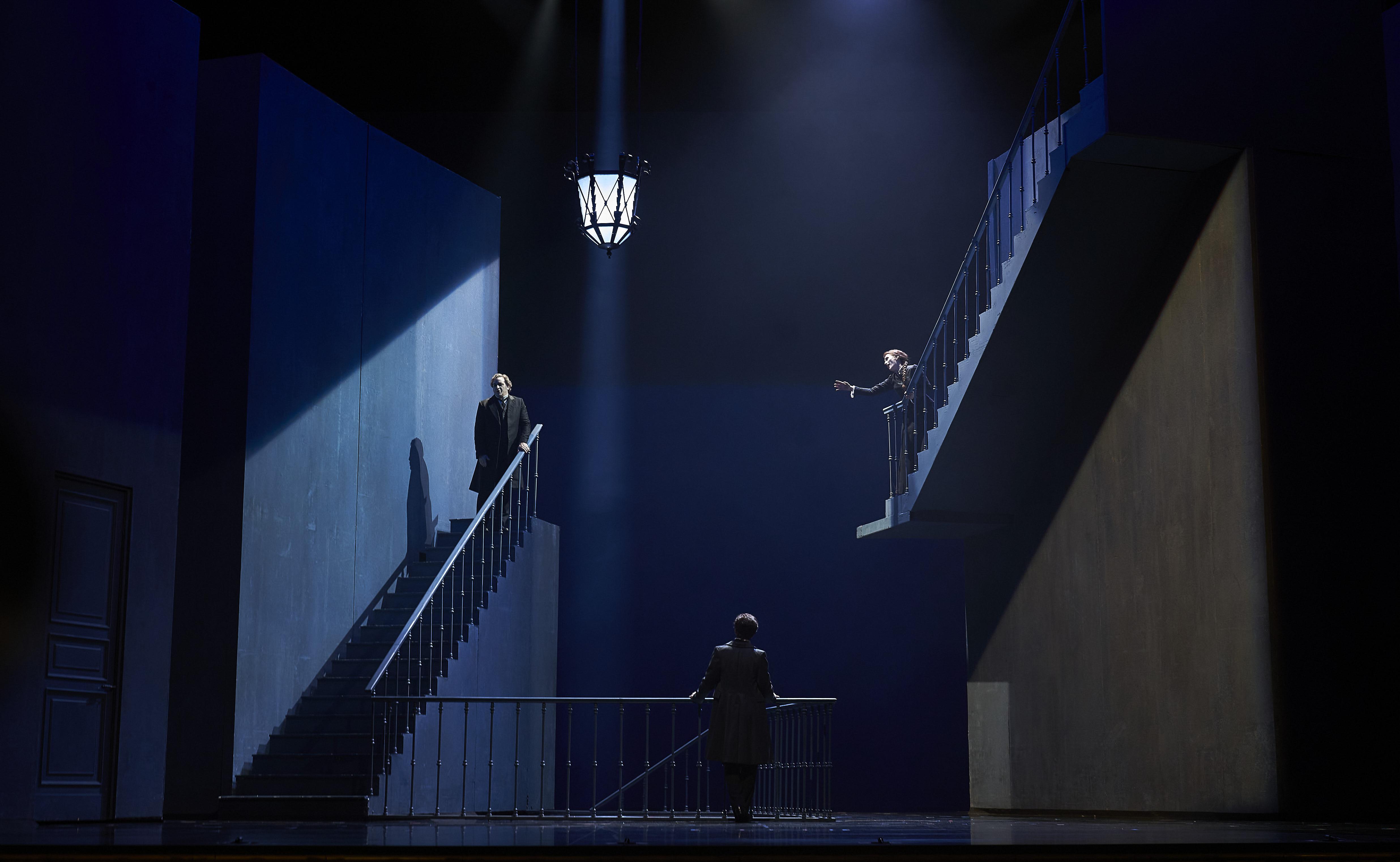 """Un momento de """"Les contes d'Hoffmann"""" del Liceu de Barcelona / ©David Ruano filtro de extrañeza de Les Contes"""