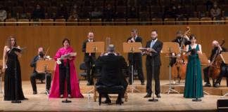 """Cuatro solistas y miembros de Al Ayre Español en """"Júpiter y Semele"""" © Elvira Megías"""