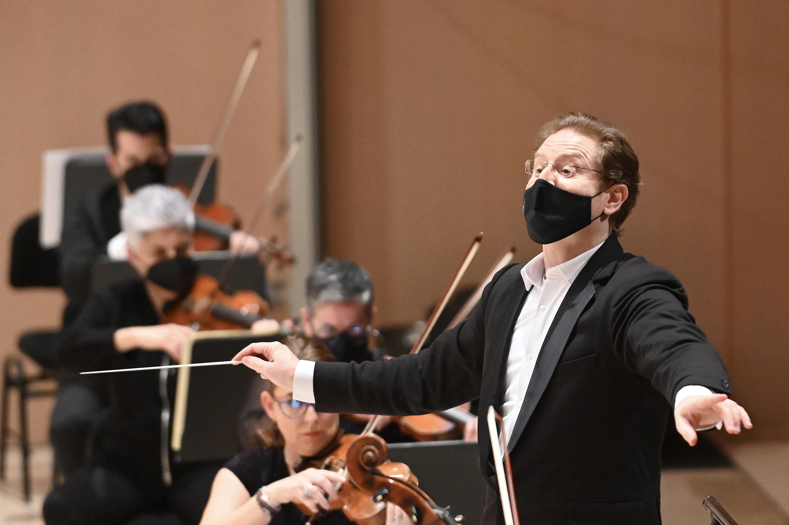 Ramón Tebar y la Orquesta de Valencia