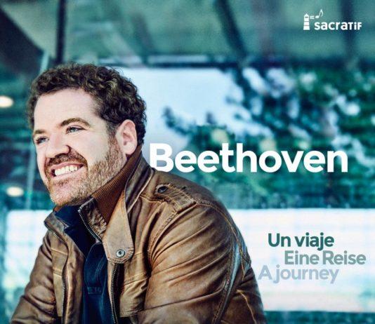 Carátula del álbum con el que debuta en este medio el tenor Manuel Gómez Ruiz