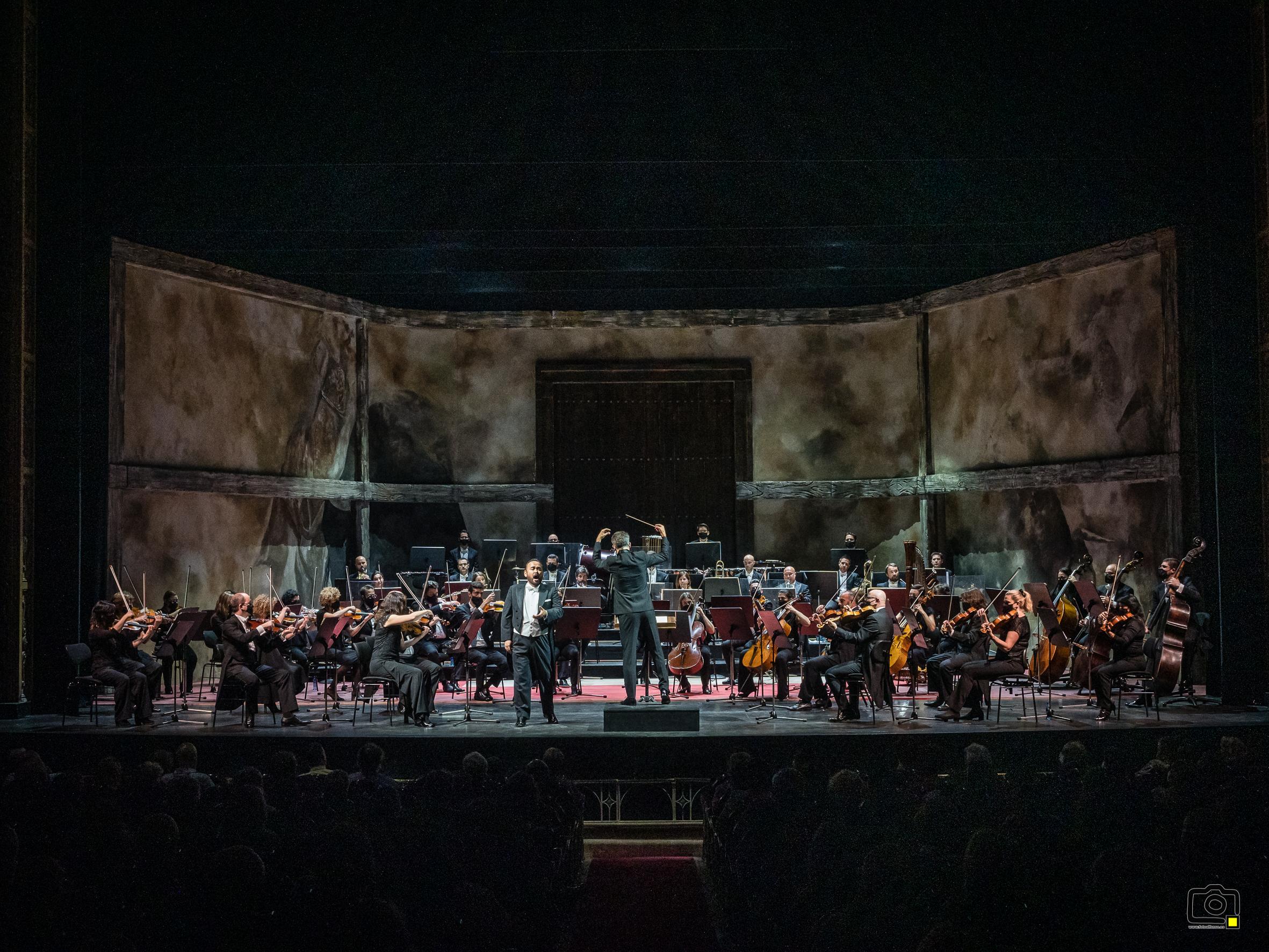 Concierto de Javier Camarena en el Teatro Campoamor de Oviedo con la Oviedo Filarmonía