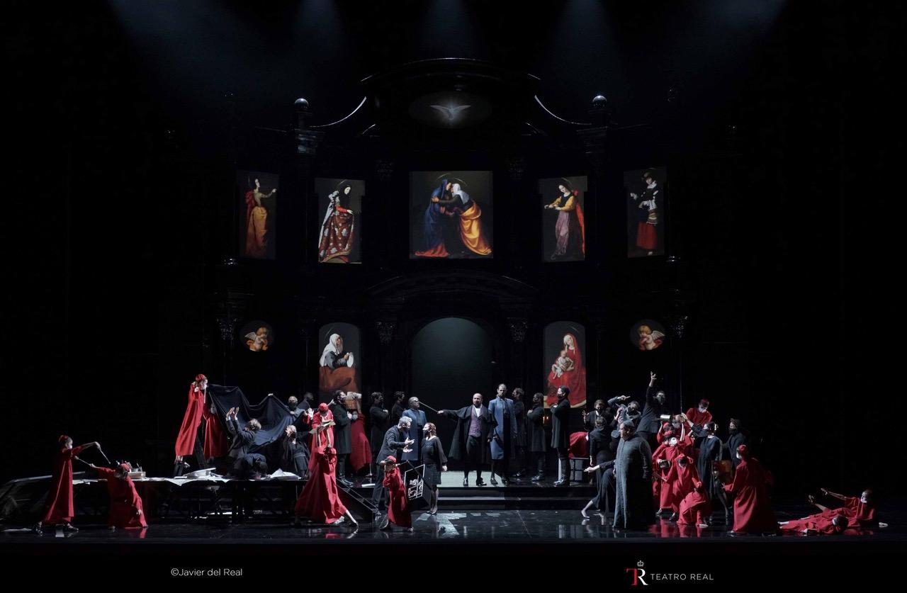 Tosca en el Teatro Real. Escenografía del Primer Acto.
