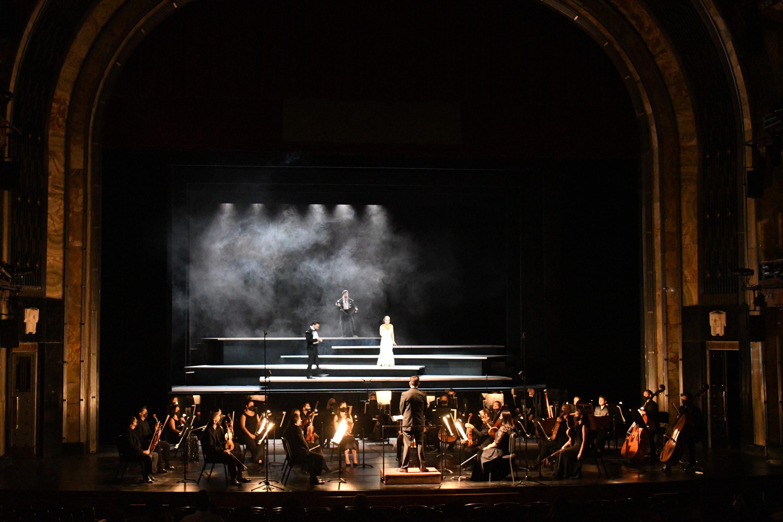 Un momento de la representación de MONTEZUMA de Carl Heinrich Graun en la Ópera de Bellas Artes