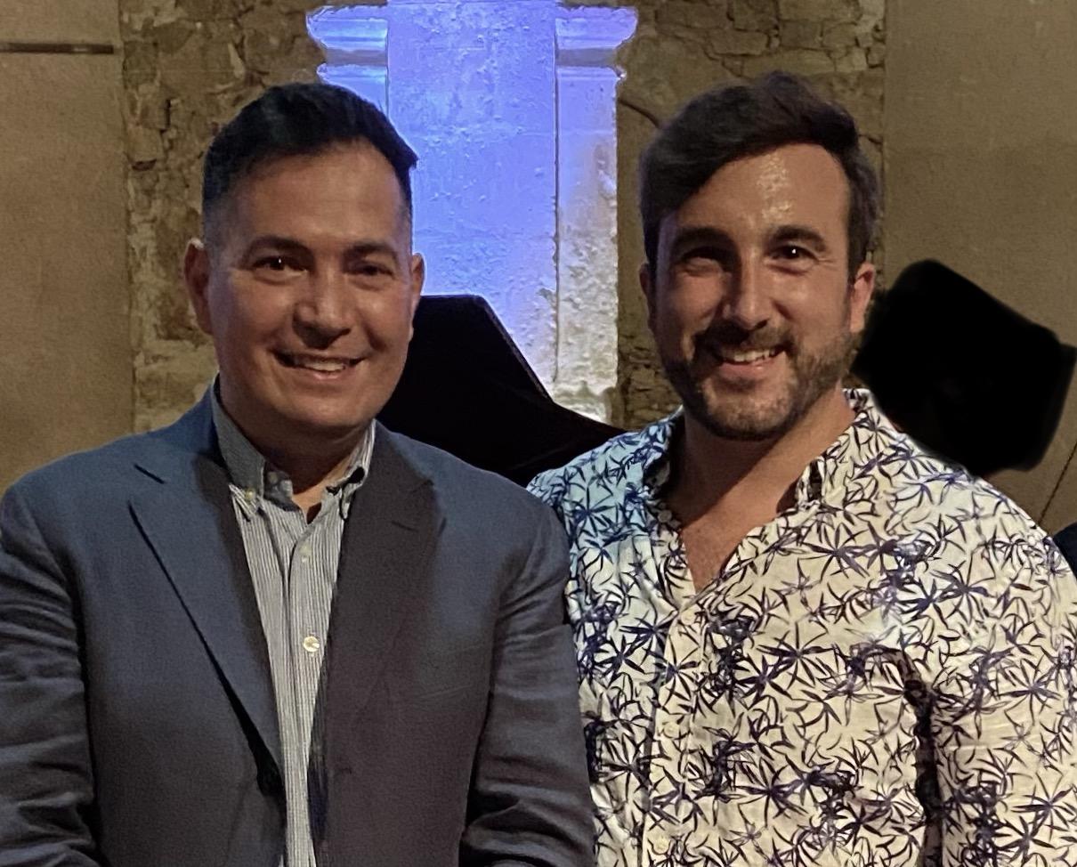 Federico Figueroa, director artístico del Festival Lírico de Medinaceli, y el tenor Vicent Romero el pasado 31 de julio en el Palacio Ducal de Medinaceli